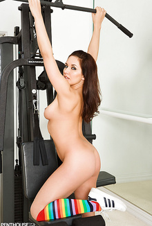 Nude Zoe Britton is working hard in her local gym