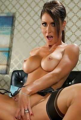 Jessica Jaymes riding hard