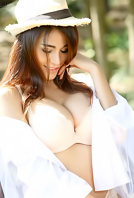 Asian Hottie Natalie Wang Stripping Outdoors