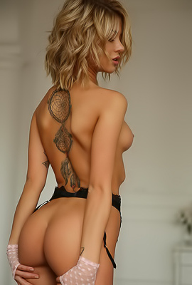 Tanned Blond Model Jenny