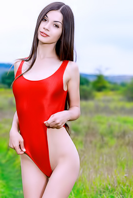Delphina Russian Beauty Outdoor Nude Game