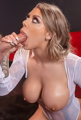 Porn Surprise For Busty Karma Rx