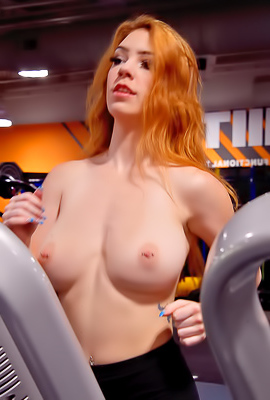 Sporty Chick FTV Nala Getting Naked In The Gym