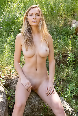 Kayte - Charming hot blonde is making erotic photo session at nature