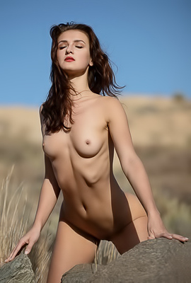 Elina Love is hot and naked in the high desert