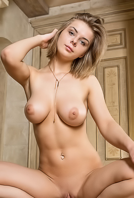 Teen Babe Yelena With Hot Big Boobs